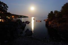 Maanlicht bij de Adriatische Kust royalty-vrije stock afbeeldingen