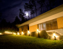 Maanlicht bij de tuin Royalty-vrije Stock Afbeeldingen