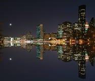 Maanlicht over uit het stadscentrum Manhattan stock afbeeldingen