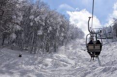15 Maart 2015 - Berglandschap in Vigla, de skicentrum van Florina, Griekenland Stock Foto's