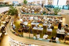 29 Maart 2019, Centraal festival eastville, Bangkok Thailand De moderne bibliotheek en de boekhandel verfraaien mooi royalty-vrije stock afbeelding