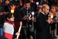 De optocht tijdens de Manier van het Kruis zat door Paus Francis I voor Stock Afbeeldingen