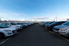8 maart, 2018, Cork, Ierland - gebruikte auto's buiten Kearys Hyundai Royalty-vrije Stock Fotografie