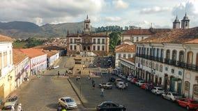 25 maart, 2016, Historische stad van Ouro Preto, Minas Gerais, Brazilië, koloniaal huis, Tiradentes-vierkant stock afbeelding