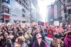 Maart 2017 NYC van vrouwen Royalty-vrije Stock Afbeeldingen