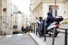 1 MAART, 2015 - PARIJS: Steeg in het centrum van Parijs Royalty-vrije Stock Foto's