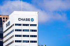19 maart, 2019 San Diego/CA/de V.S. - achtervolg bankbureaus in San Diego van de binnenstad stock afbeeldingen