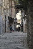 26 MAART 2015 Smalle oude straat in Jeruzalem israël Royalty-vrije Stock Afbeelding