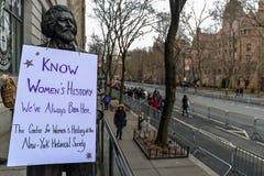 Maart 2019 van vrouwen - de Stad van New York stock afbeeldingen