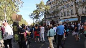 Maart voor het klimaat - Ecologische demonstratie De Zaterdag van Parijs Frankrijk, 08 September, 2018 stock video