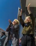 24 MAART, 2018: Washington, D C honderdduizendenprotest tegen NRI op de Weg van Pennsylvania Florida, Douglas stock afbeeldingen