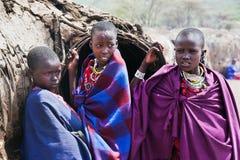 Maasai儿童纵向在坦桑尼亚,非洲 免版税库存照片