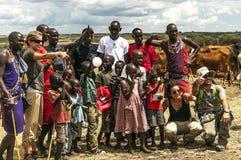 Maasai dostawania grupa turyści Obrazy Royalty Free