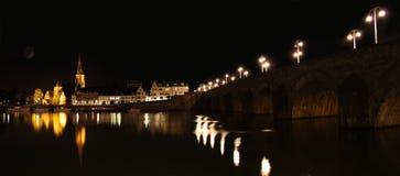 Maastricht alla notte, nei Paesi Bassi Fotografie Stock