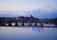 Maastricht. Sanktt Servatius bro Arkivfoton