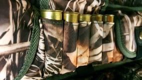 12 maat, patroongordel van munitie stock fotografie