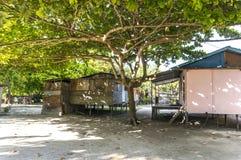 Mabul海岛的,沙巴, Malayia恶劣的木房子 库存照片