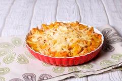 Mac delicioso y queso hechos con una salsa lisa, cremosa foto de archivo