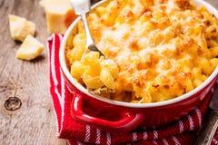 Mac et fromage, pâtes américaines de style image libre de droits