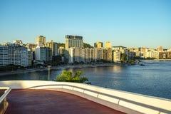 mac niteroi Museum av samtida konst av Niteroi Arkitekt Oscar Niemeyer arkivfoton