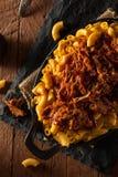 Mac y queso tirados Bbq hechos en casa del cerdo Foto de archivo libre de regalías