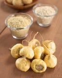 Maca ou racines péruviennes de ginseng Image stock