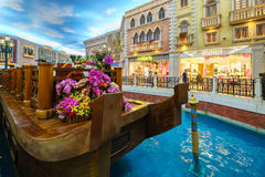 MACAO, CHINA - 24. JANUAR 2016: Die venetianische Urlaubshotelinnenraumansicht Lizenzfreie Stockbilder