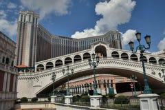 MACAO - CIRCA SEPTEMBER 2017: Waterkant en het Venetiaanse Casino van Macao en luxetoevlucht in Macao China stock afbeeldingen
