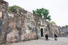 MACAO - December 13 2015: Monte Forte (världsarv) ett berömt Arkivfoto