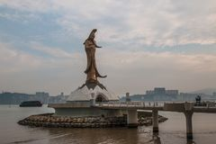Macao Kina - Feburary 28 th 2016: staty av Kun Iam Statue royaltyfria bilder