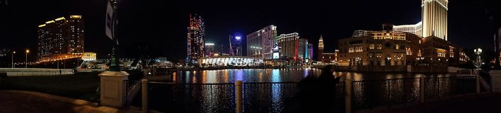 Macao på natten royaltyfria bilder