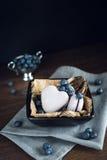 Macaorons с голубиками Стоковые Фотографии RF