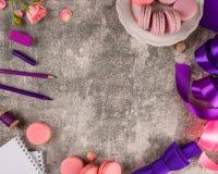 Macaron,蛋白杏仁饼干曲奇饼,鲜美点心 免版税库存图片