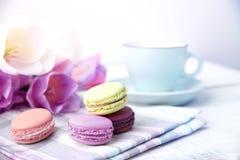 Macaron и кофе Macaroon мать s дня Стоковое Изображение RF