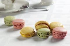 Macaron coloré français traditionnel photo stock