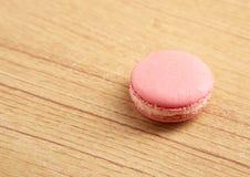 Macaron cor-de-rosa Imagem de Stock