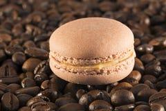 Macaron kaffe Royaltyfri Foto