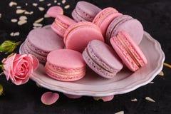 Macaron of makaronskoekje, smakelijk dessert De achtergrond van het voedsel royalty-vrije stock fotografie