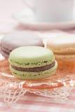 Macaron seriu no chá de tarde Imagens de Stock Royalty Free