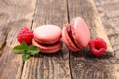 Macaron vermelho imagens de stock royalty free
