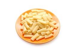 macaroni τροφίμων πορτοκαλί πιάτ&omicron Στοκ Φωτογραφίες