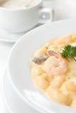 macaroni carbonara γαρίδες ζυμαρικών Στοκ Εικόνα