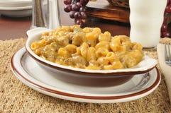 Macaroni en rundvleesbraadpan royalty-vrije stock afbeeldingen