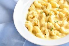 Macaroni och ost arkivfoto