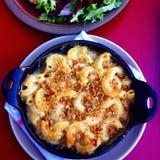Macaroni och ost arkivbild