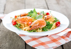 Macaroni with prawns Royalty Free Stock Photography