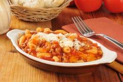 Macaronis de tomate de boeuf image stock
