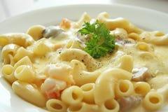 Macaronis et fromage Image libre de droits