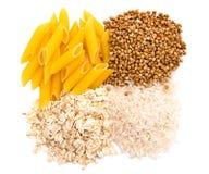 Macaronis, riz, sarrasin et farine d'avoine photographie stock libre de droits