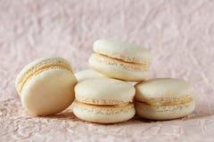 Macarons beige Imágenes de archivo libres de regalías